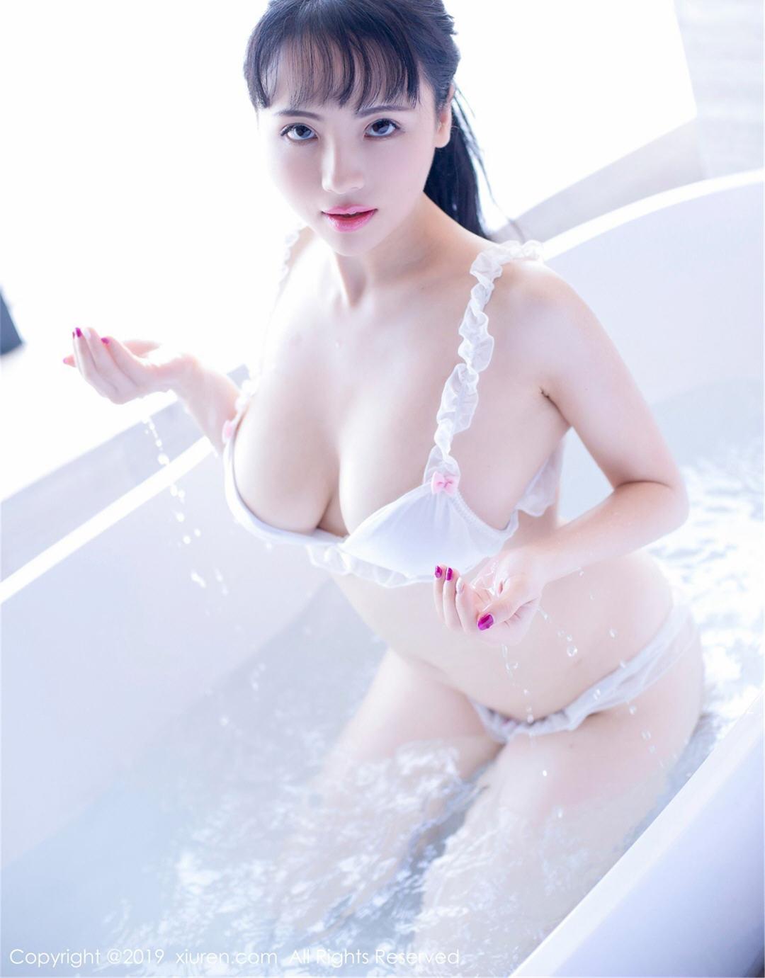 妖艳网红蕊蕊瑞瑞ruirui精选套图