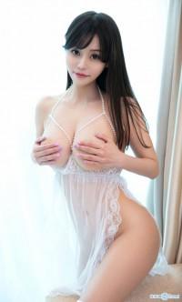 巨乳嫩模唐思琪大尺度裸照 VS 女神杨晨晨sugar无圣光艳照